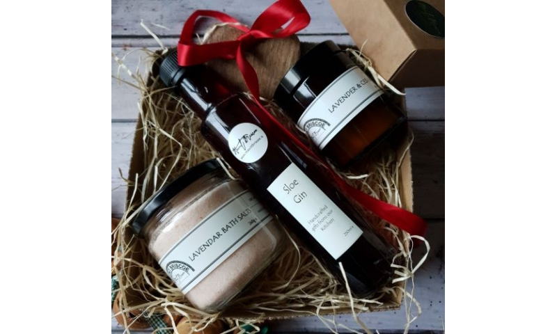 Luxury Gift Box, Sloe Gin, Bath Salts and Hand Poured Candle
